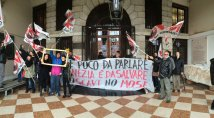Venezia - Blitz in Comune: Change the System not Climate!